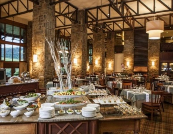 drakensberg-sun-resort-restaurant